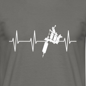 TATTOO HEART BEAT - Mannen T-shirt