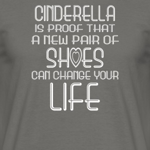 cinderella - Men's T-Shirt