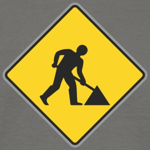Road Sign Way repairing - Men's T-Shirt