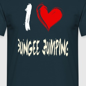 I love bungee jumping - Men's T-Shirt
