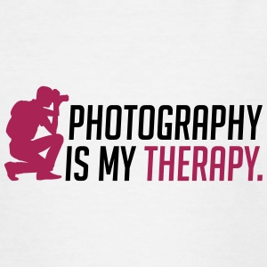 Photography is my therapy - Teenage T-shirt