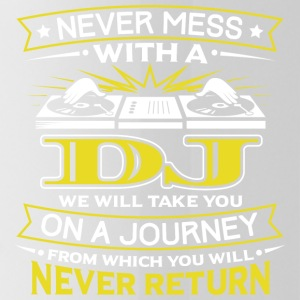 NEVER MESS WITH A DJ - YOU WILL NEVER RETURN - Water Bottle