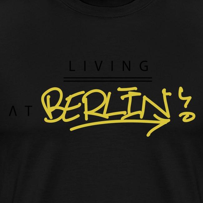 Living @ Berlin City Street letters