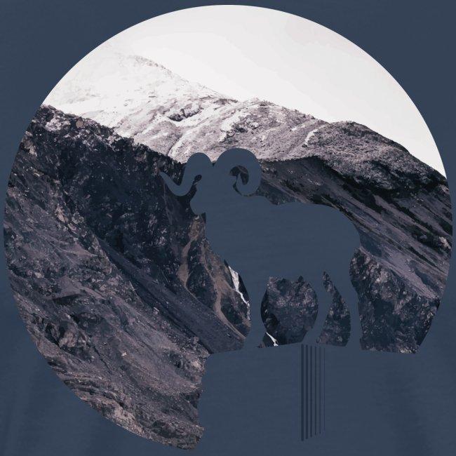 Hiking Outdoor Design mit Bergziege - Bergpanorama