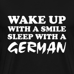 Sleep with a German funny saying - Men's Premium T-Shirt