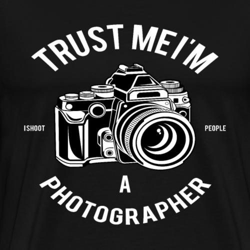 Trust me - I'm a Photographer - Männer Premium T-Shirt
