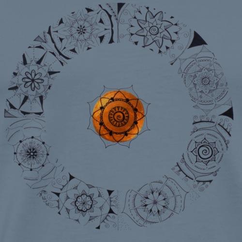 Mandala Ring schwarz handgemalt mit goldener Mitte - Männer Premium T-Shirt