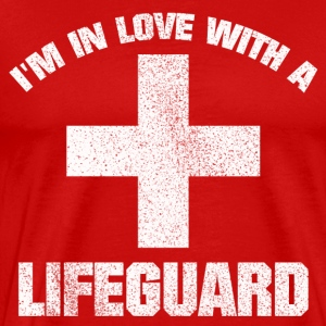 IN LOVE WITH A LIFEGUARD SHIRT - Männer Premium T-Shirt