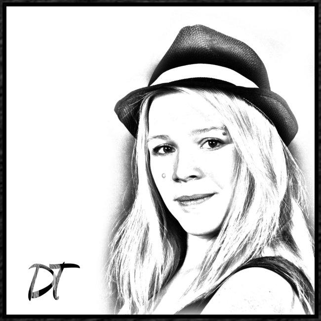 DTWear Portrait