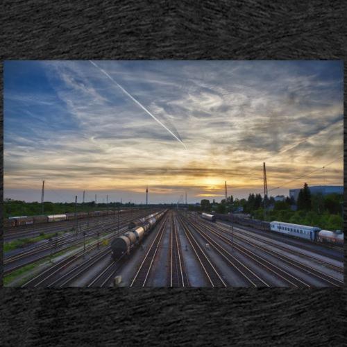 Sonnenuntergang Nürnberg, Güterbahnhof - Männer Premium T-Shirt
