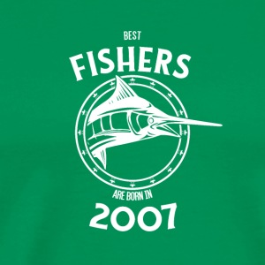 Present for fishers born in 2007 - Men's Premium T-Shirt