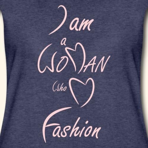 I am a woman who love fashion - Women's Premium T-Shirt
