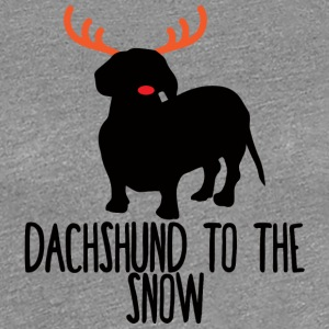 Dackel / Dachshund: Dachshund To The Snow - Frauen Premium T-Shirt