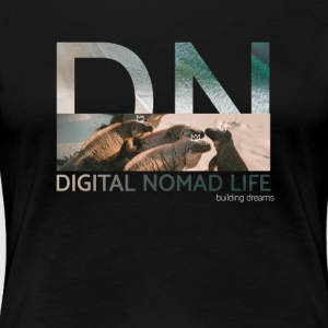 "Digital Nomad ""Iguana"" ~ Black Edition - Premium T-skjorte for kvinner"