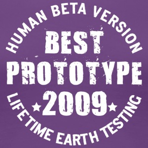 2009 - The birth year of legendary prototypes - Women's Premium T-Shirt