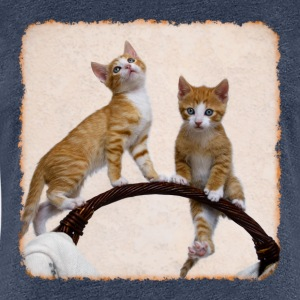Play Two sweet funny kittens and gymnastics - Women's Premium T-Shirt
