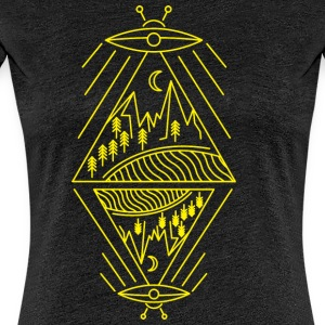 Ufo sighting paranormal mountains sun trees - Women's Premium T-Shirt