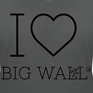 I love Big Wall - Women's V-Neck T-Shirt