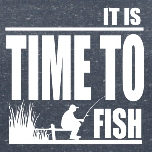Time to Fish - Fishing - Frauen T-Shirt mit V-Ausschnitt