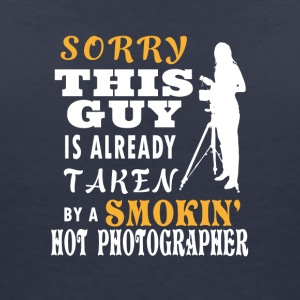 Girlfriend hot fotograaf - Vrouwen T-shirt met V-hals