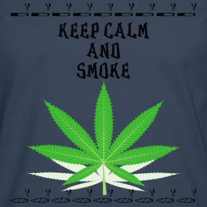 Keep calm and smoke - Männer Premium Langarmshirt