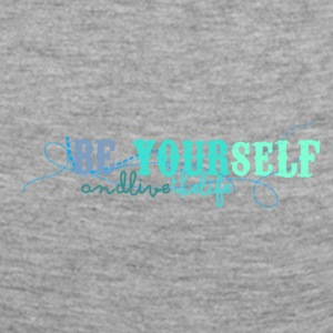 frase_png_beyourself_and_live_the_life_by_by_milii - Vrouwen Premium shirt met lange mouwen