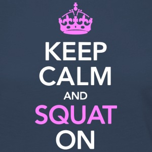 Keep calm and SQUAT on - Frauen Premium Langarmshirt