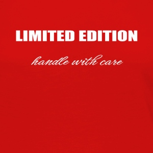 Limited edition - handle with care - Frauen Premium Langarmshirt