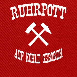 born ruhrpott on coal - Snapback Cap