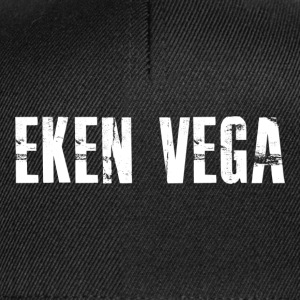 Eken Vega, t-shirt with white motif - Snapback Cap