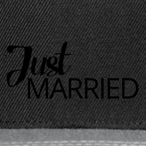 Hochzeit / Heirat: Just Married - Snapback Cap