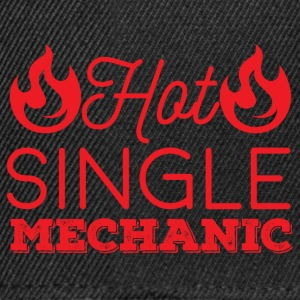 Mechanic: Hot Single Mechanic - Snapback Cap
