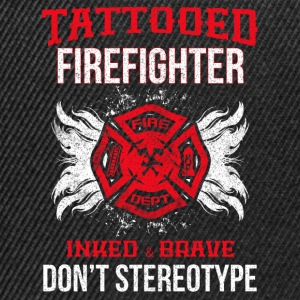 Tattooed firefighter no stereotype - Snapback Cap