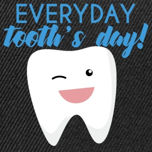 Tannlege: Everyday Tooth dag! - Snapback-caps
