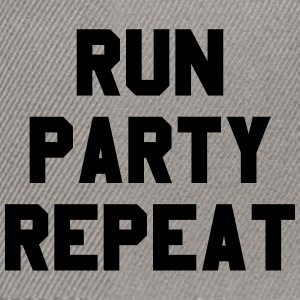 Run Party Repeat - Snapbackkeps
