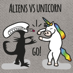 Aliens vs. unicorn - Snapback Cap