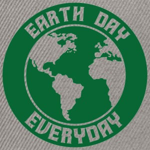Earth Day / Tag der Erde: Earth Day - Everyday - Snapback Cap