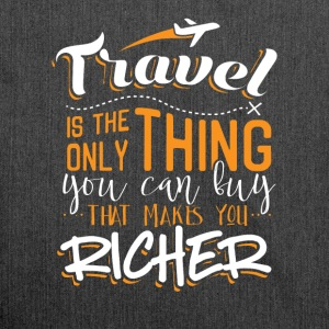 Travel makes you richer - Schultertasche aus Recycling-Material