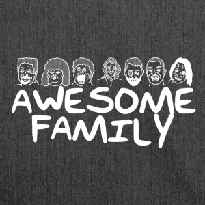 Awesome Family <3 - Schultertasche aus Recycling-Material