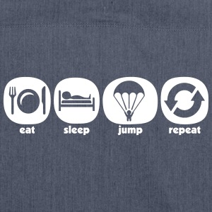 Eat Sleep Jump Repeat - Skuldertaske af recycling-material