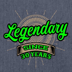 Legendary since 30 years T-Shirt und Hoodie - Schultertasche aus Recycling-Material