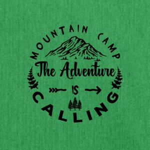 Mountain Camp The Adventure is Calling - Schultertasche aus Recycling-Material