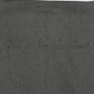 Give_all_for_the_Family_ - Skulderveske av resirkulert materiale