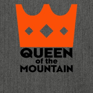 queen of the moutain - Schultertasche aus Recycling-Material