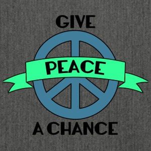 Hippie / Hippies: Give Peace A Chance - Skuldertaske af recycling-material