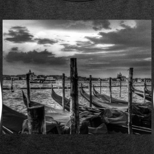 Venice - Women's T-shirt with rolled up sleeves