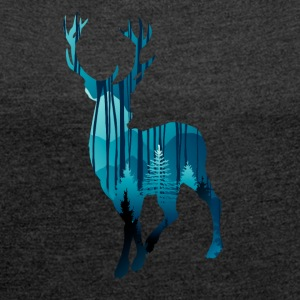 Deer in the woods in the evening - Women's T-shirt with rolled up sleeves