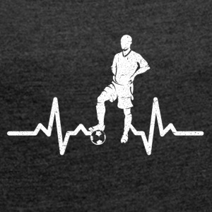 My heart beats for football - Women's T-shirt with rolled up sleeves