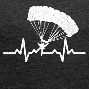 My heart beats for parachuting - Women's T-shirt with rolled up sleeves