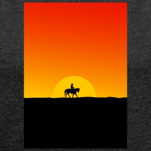 Lonely cowboy - Women's T-shirt with rolled up sleeves